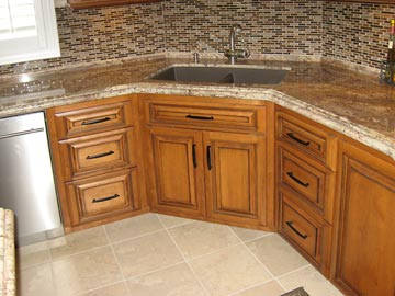 Custom kitchen cabinets from darryn s custom cabinets serving southern