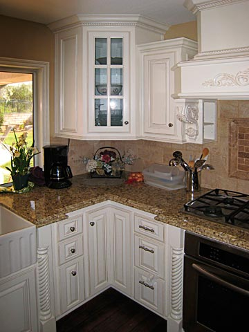 HOMECRAFT CABINETS AND REFACING COMPANY IN SOUTHERN CALIFORNIA